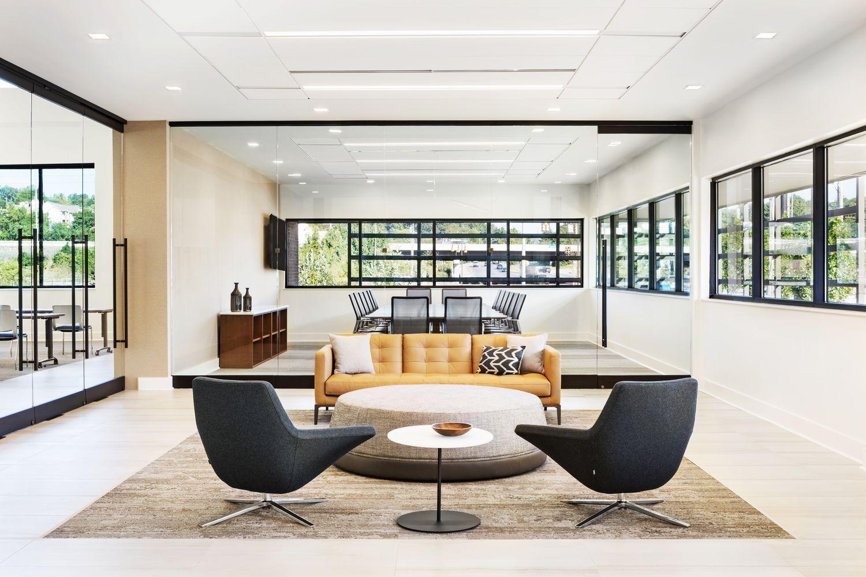 StudioTK - AC Lounge + Metropolitan